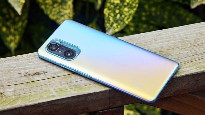 بعد از این که سری ردمی k40 به صورت رسمی در چین معرفی شد، قرار است بعضی از گوشی های این سری ردمی k40 با نام پوکو f3 در بازارهای جهانی عرضه خواهند شد و...