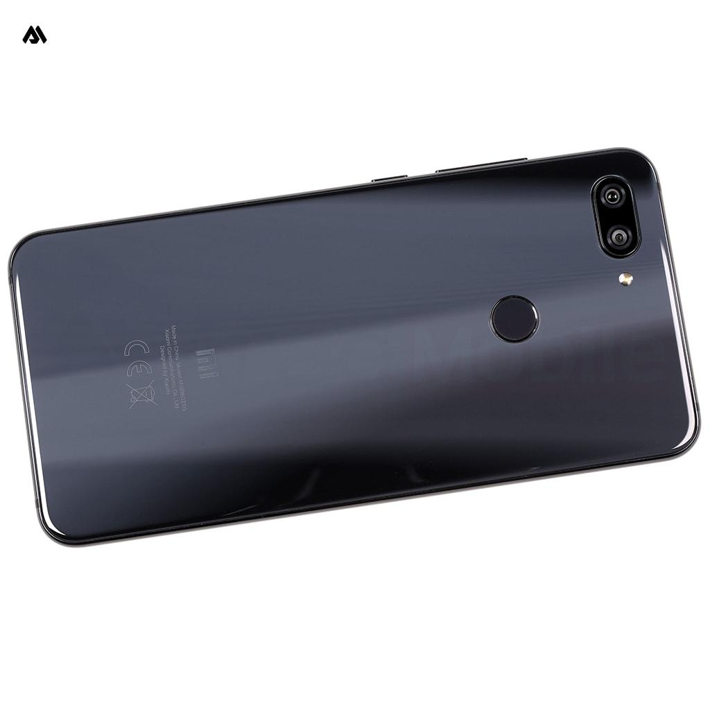 گوشی شیائومی Mi 8 Lite دارای حسگر اثر انگشت حساس و دقیق