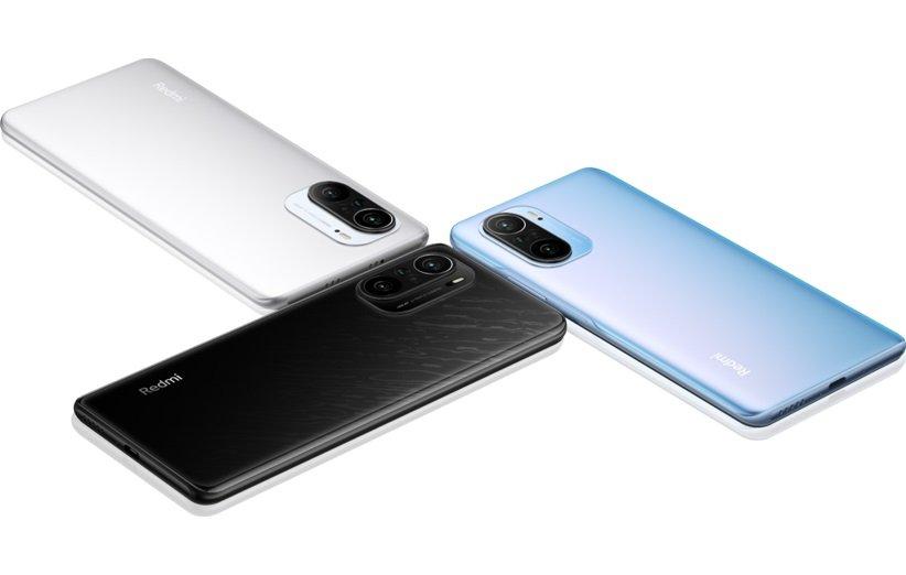 گوشی شیائومی ردمیk40 مجهز به صفحه نمایش 6.67 اینچی از نوع ips لمسی خازنی با رزولوشن 1080×2400 پیکسل و دوربین سه گانه48+8+5 مگاپیکسل